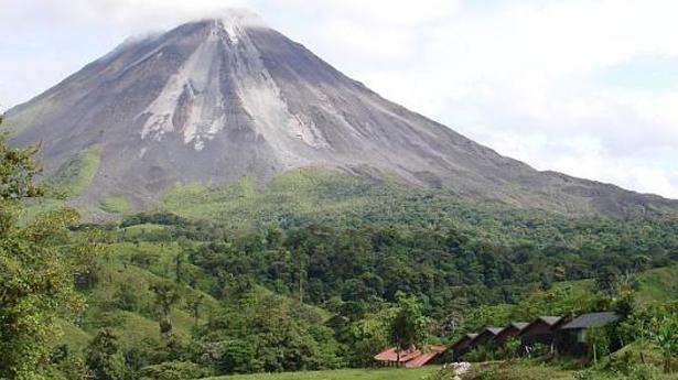161548_volcan-arenal-230911