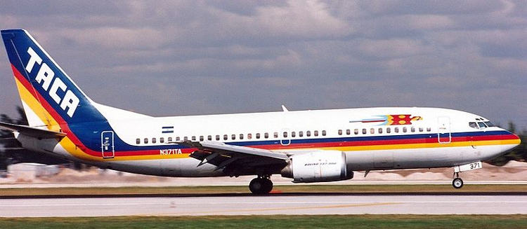 800px-TACA_International_Airlines_Boeing_737-300_JetPix