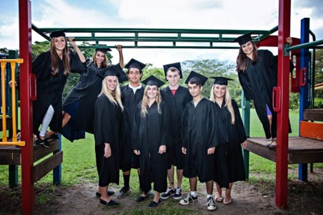 Country-Day-school-Guanacaste-Graduates-500x333