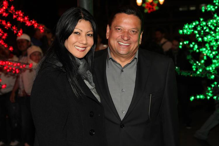 Presidential candidate Johnny Araya and his wife, Sandra León,