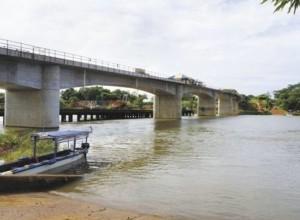 Santa-Fe-bridge-nicaragua-costa-rica-border-crossing-460x338