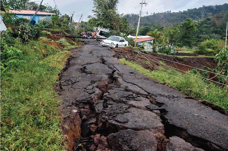 Cinchona-terremoto_LNCIMA20140102_0051_5