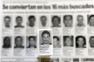 Photos of Giovanny Phillips published in La Nacion in January 2011.| Archives