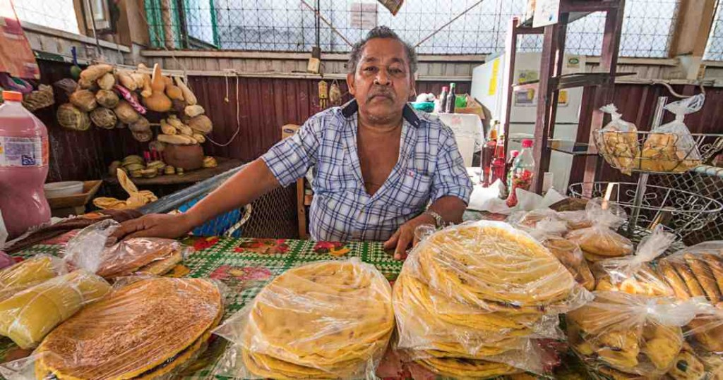 "Usual seller of homemade tortillas in the ""Las Guayabitas"" market. 