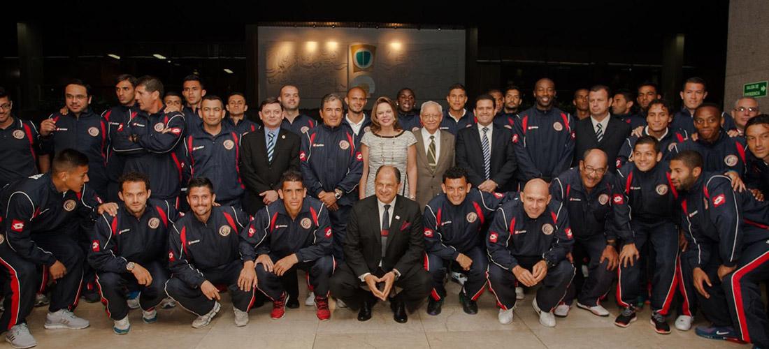 President Luis Guillermo Solís with Costa Rica's national team, La Selección or La Sele.
