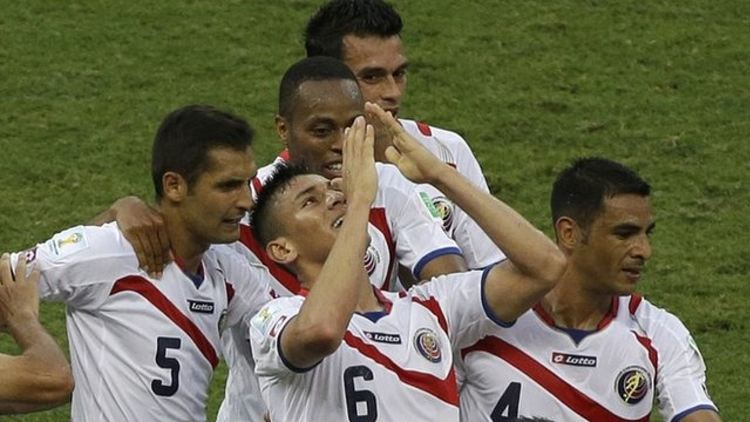 Duarte (6) after scoring his goal against Uruguay in Costa Rica's first game of the World Cup.