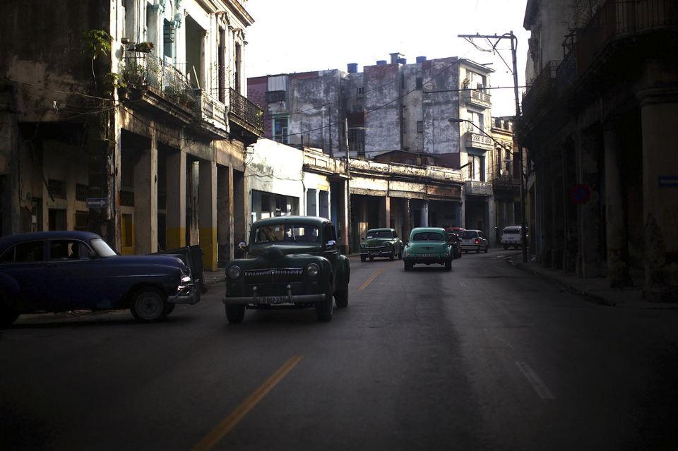 havana_streets_01_19811439_toned_custom-0f7c33e52ec99b09e11cbd37b9a290dec52b8ec4-s40-c85