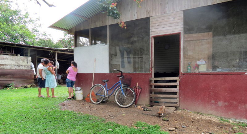 The house in Tinoco in Palmar Norte were the boy lived. | Photo: Alfonso Quesada for La Nacion