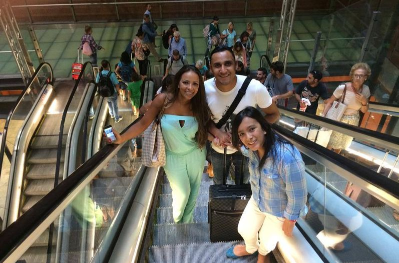 Ya en Madrid Gacias a Dios!!! Pura Vida. Is the message posted with the photo Keylor Navas with his family arriving in Spain.