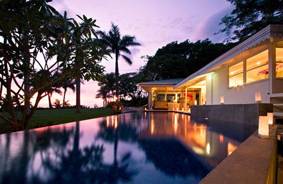 Costa rica luxury beach house rental. Image for illustrative purposes.