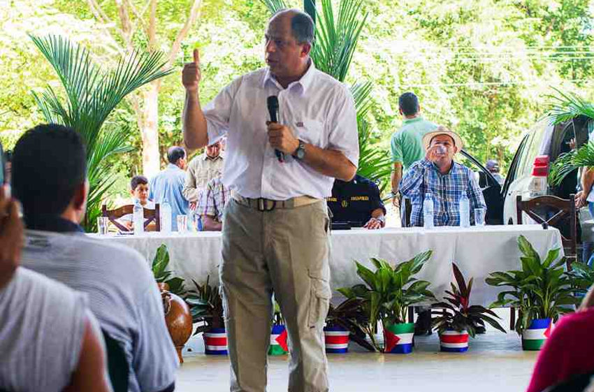 President Luis Guillermo Solís during his visits to Nosara on July, Wednesday 23 |Photo by Ariana Crespo