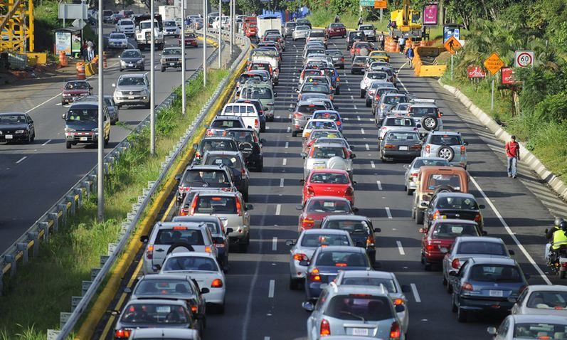 Being courteous and respectful to other drivers could reduce traffic congestion on Costa Rica's roads' Photo Jorge Navarro