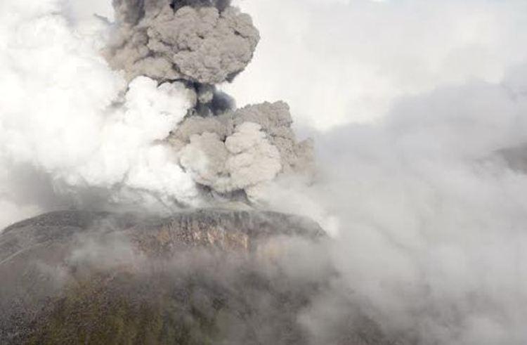 Volcan_Turrialba-erupcion-ceniza_LNCIMA20141030_0109_30