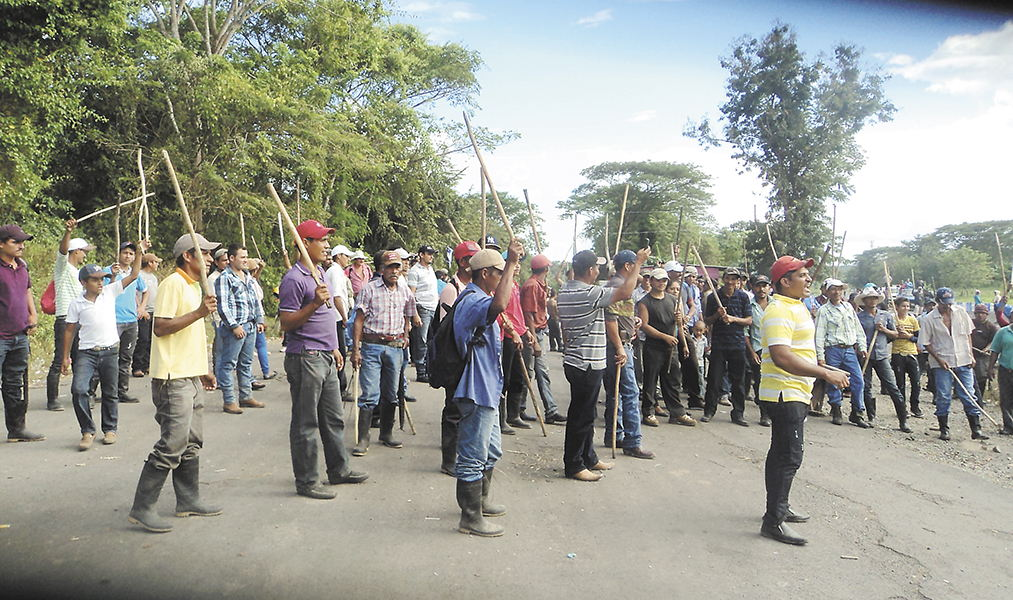 Farmers protesting the start of the Gran Canal de Nicaragau. Photo LaPrensa.com.ni
