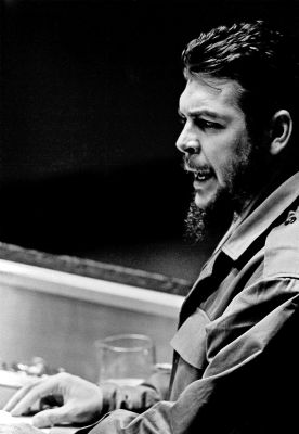 """Ernesto """"Che"""" Guevara, Minister of Industries of Cuba, addresses the General Assembly on Dec. 11, 1964. UN Photo/TC"""