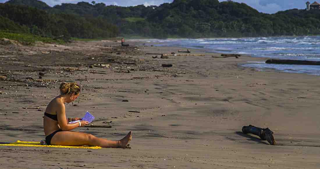 Few tourists are around and an almost empty beach is what is seen in Guiones in October, one of the rainiest months of green season. Photo by Ariana Crespo