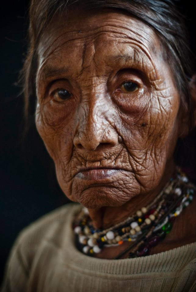 Angela, a woman belonging to the indigenous people Cabécar, one of Costa Rica's indigenous peoples inhabiting the southern region of the country.