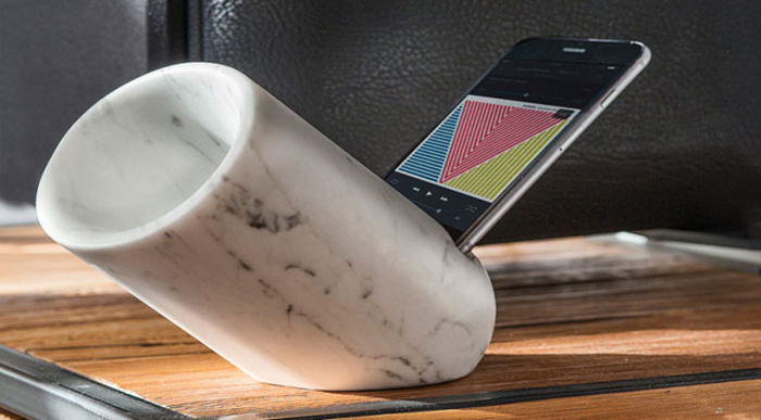 Future-technology-The-innovative-marble-amplifier-Speaker-for-iphone