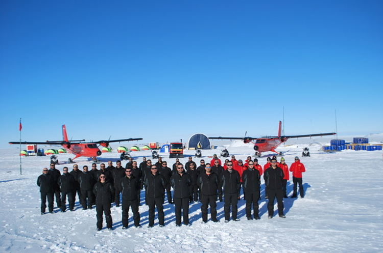 Military support: With support from 33 personnel from the three branches of the Military, 15 researchers from the Chilean Antarctic Institute (INACH) recently completed a mission at the  Union Glacier Joint Scientific Polar Station in the Antarctic.  [Photo: Chilean Army]