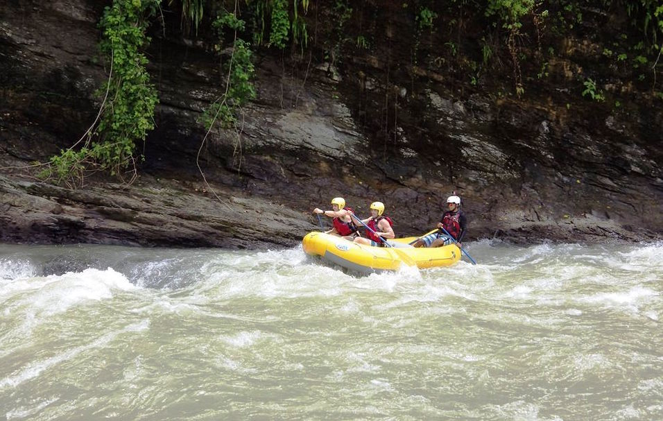 Rafting on the Sagavre river. Photo Mydestination.com