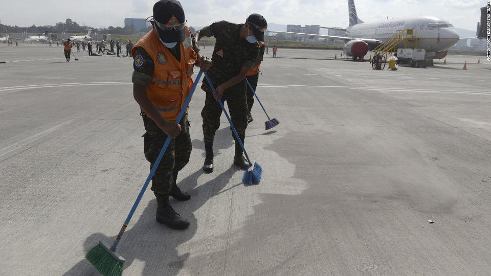 guatemala-airport-fuego-volcano