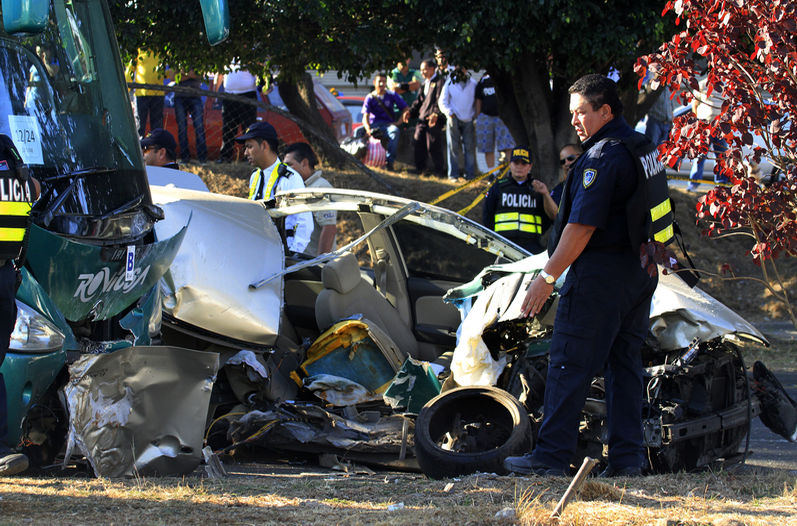 Accidente_de_transito_LNCIMA20150328_0056_5