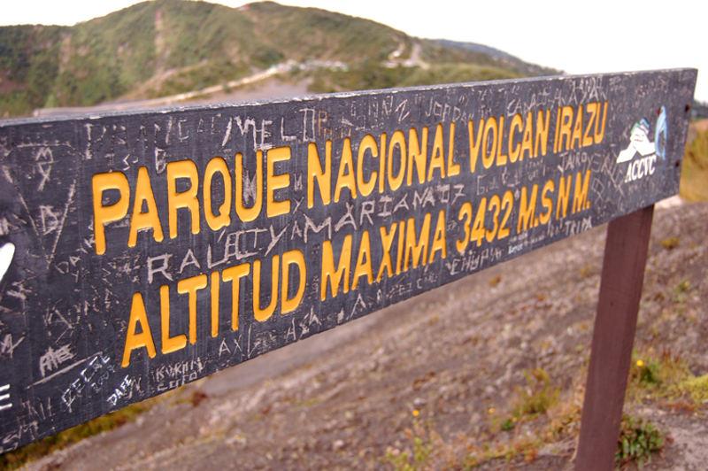 volcan-irazu