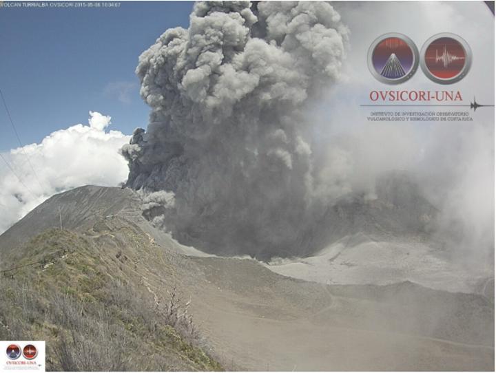 Turrialba volcano eruption Wednesday May 6, 2015