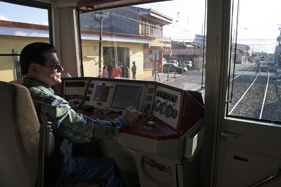The Incofer conducted a test of the commuter train between Alajuela and Heredia.