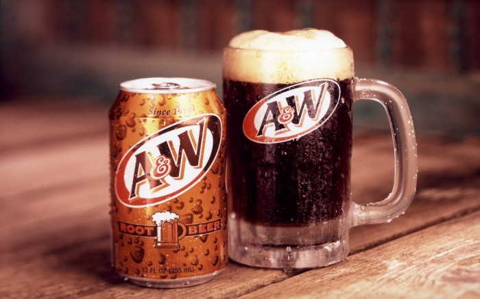 a_w_root_beer_can_and_glass_rectangular_decal__01661