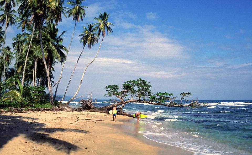 sand-surf-costa-rica