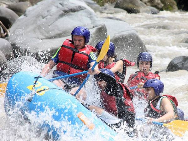 Rafting in the Pacuare river