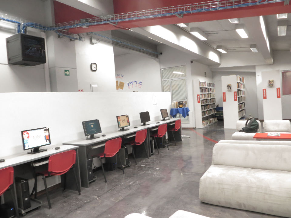 The Mark Twain Library at the Cultural Center includes English-language books, periodicals, DVDs, internet work-stations, and many other resources for students and members.
