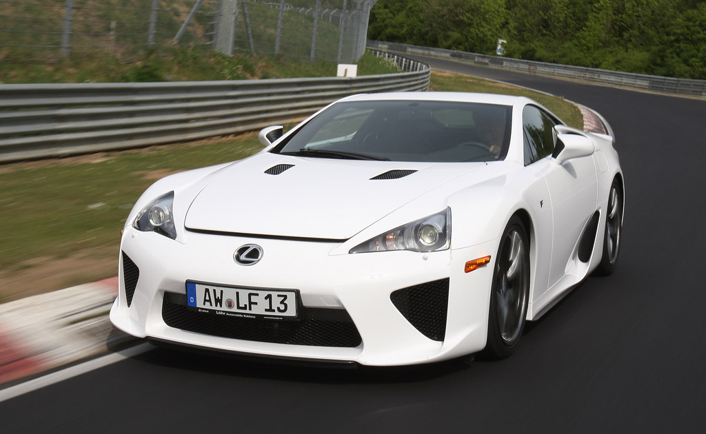 The owner of the 2013 Lexus LFA, similar to the one pictured above, will be paying the most for the 2016 marchamo. Photo for illustrative purposes.
