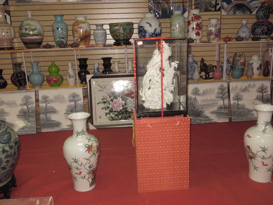 Exquisite porcelain urns and statuettes, some worth many thousands of dollars, are just a few of the treasures to be found in Barrio Chino.