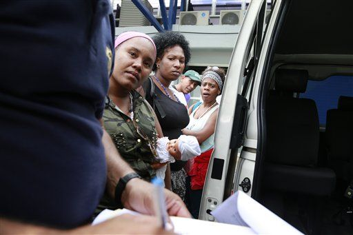 Nicaragua sends Cuban border-crashers back to Costa Rica