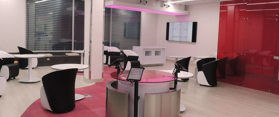 "Banca Kristal, dubbed the ""Barbie bank"" by critics for its pink decor"