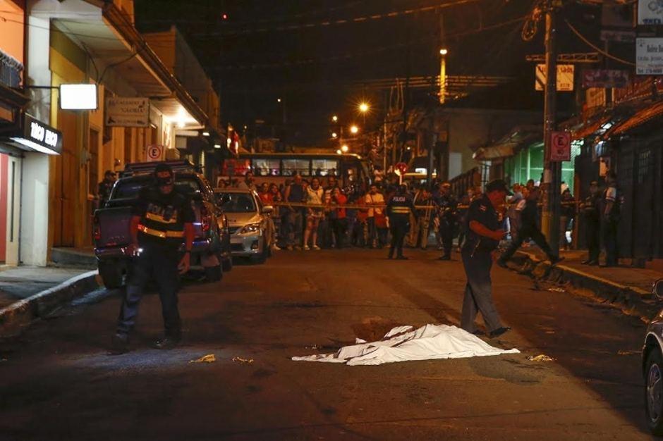 Policia-casquillos-Rios-Mayela-Lopez_LNCIMA20151210_0158_1