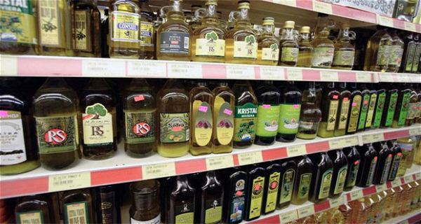 FAKE-Olive-Oil-is-Literally-Everywhere-How-To-Know-Whether-It-Is-Fake-Or-Original-Olive-Oil