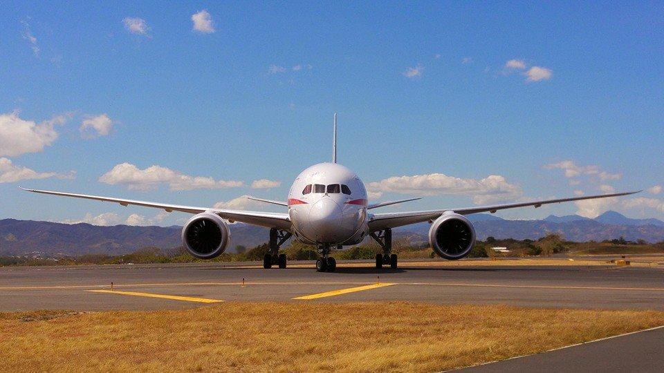 aterrizo-aviones-SJO-Planespotting-LN_LNCIMA20160212_0111_1