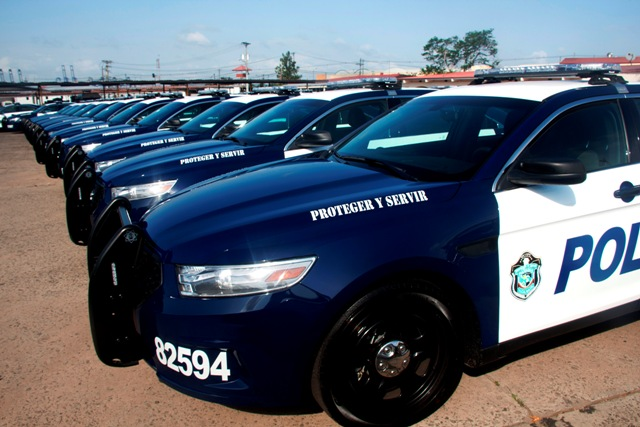Panama police use the Ford Interceptor for police work