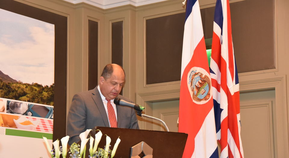 President Luis Guillermo Solis is in London this week to promote investment in Costa Rica. Photo Casa Presidencial