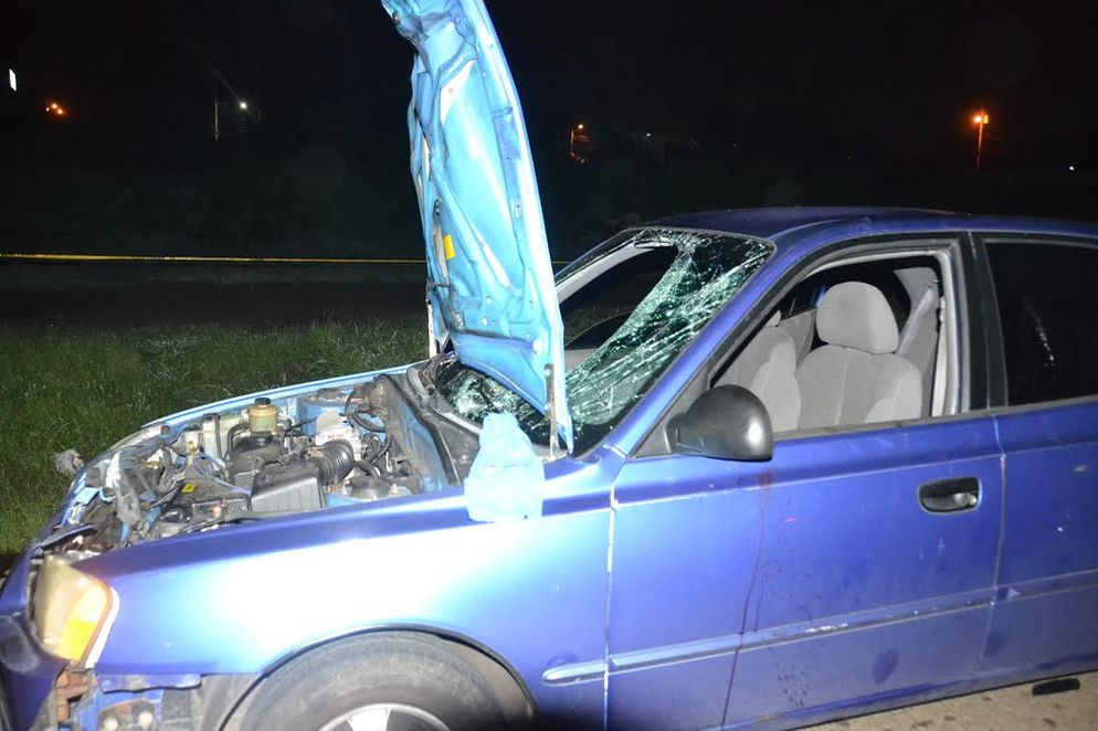 There was nothing the driver could do to avoid hitting the young woman and her infant. Photo Shirely Vasques, La Nacion