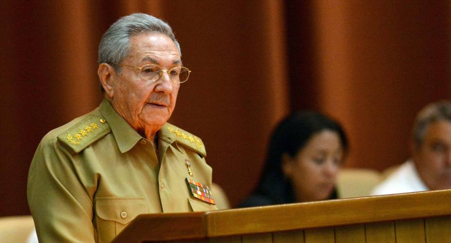 """For the first time, Raúl Castro publicly referred to """"contraction"""" in supply of Venezuelan fuel"""