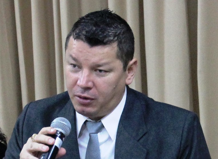 Oscar-Lopez-Comision-Asamblea-Legislativa-2