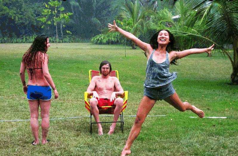 Singing in the rain in Costa Rica. Photo from Blueosa.com