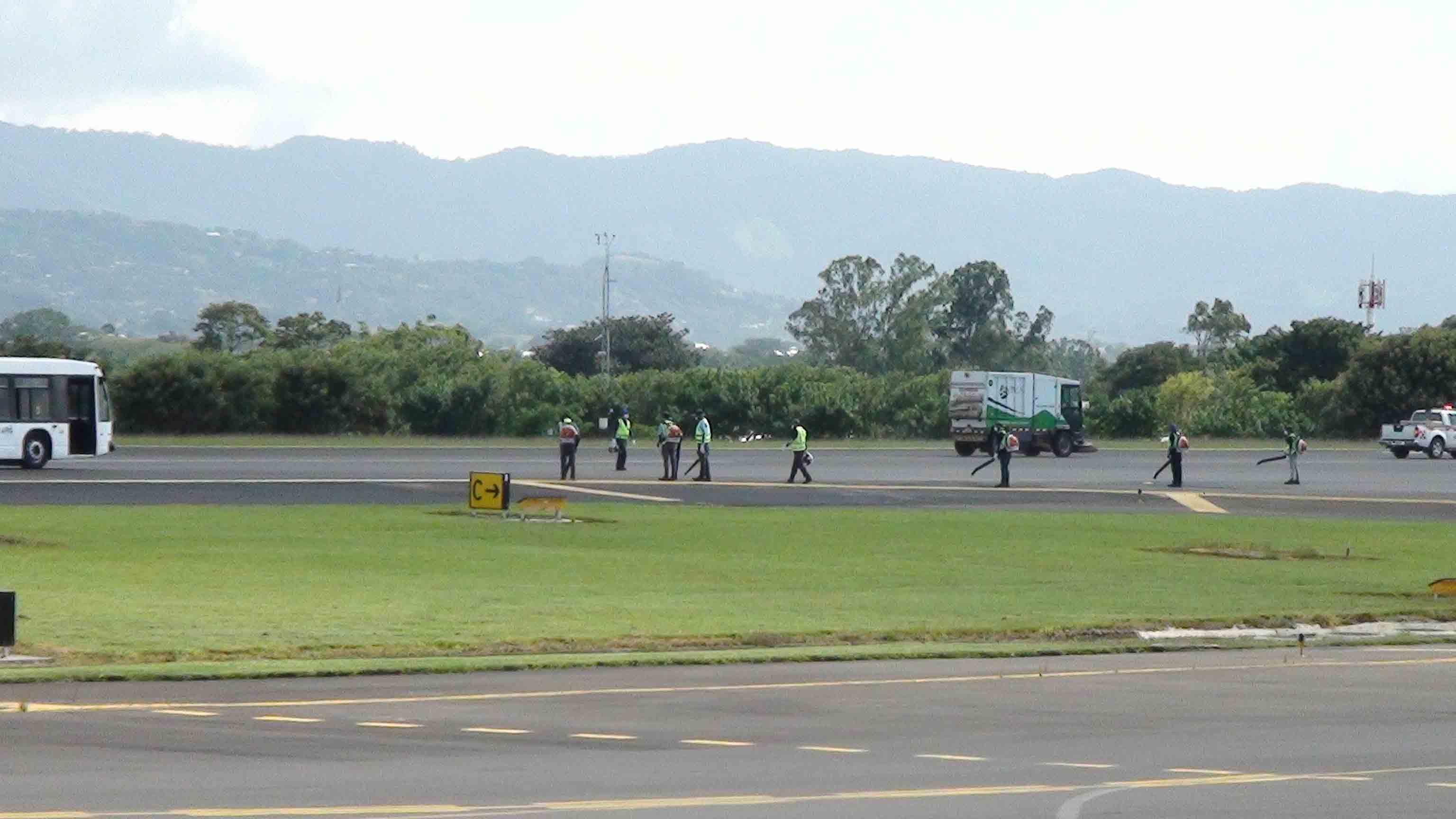 operaciones-limpieza-aterrizaje-aeropuerto-protocolo_lncima20160919_0104_1
