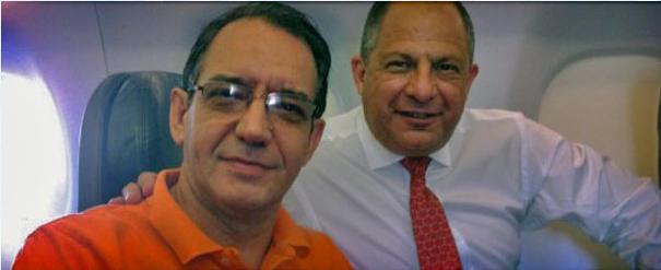 Nazarene Seminary of the Americas Rector Ruben Fernandez (left) with Costa Rica President Luis Guillermo Solis