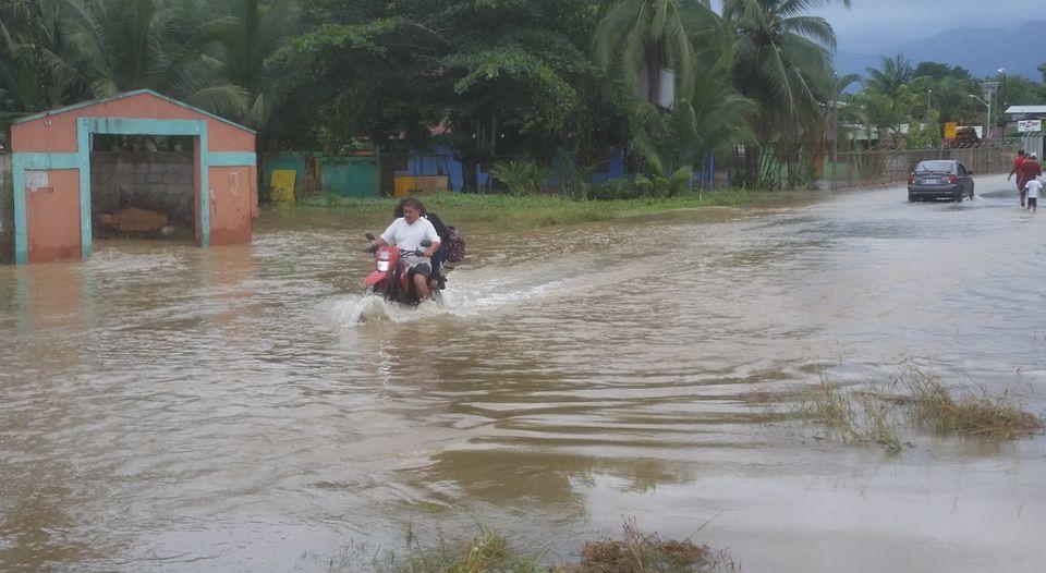 esperanza-batan-davao-banasol-afectados_lncima20161121_0120_5