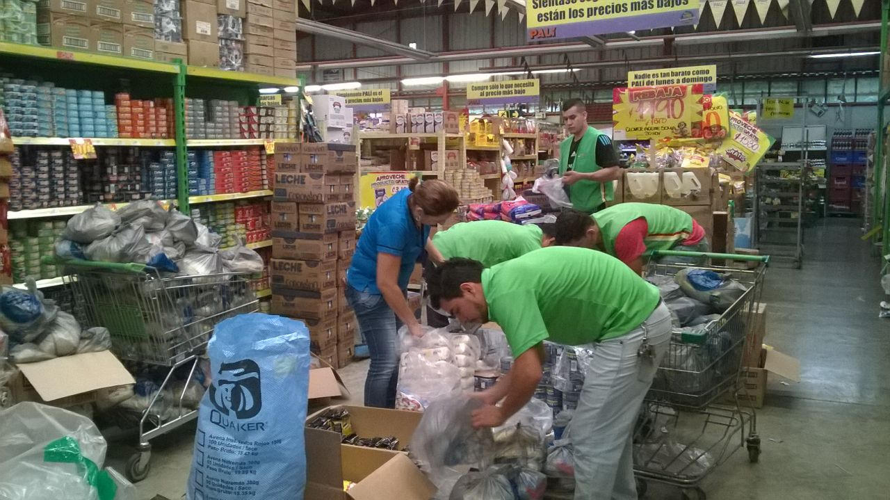 Donations can be made in supermarkets across the country, like Walmart, Masxmenos, Pali, Automercado, Vindi and Megasuper